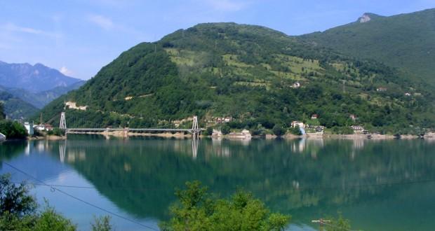 Ostrožac_Jablanicko_jezero_i_most_20070603_113-620x330