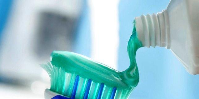 Paste za zube ponedeljak (2)