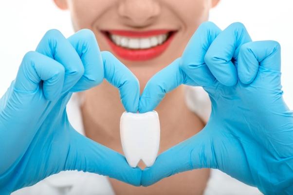 Stomatolozi mogu pomoći u prevenciji srčanih udara srijeda