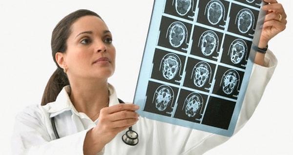 Neurolozi objasnili zašto se ljudi boje zubara srijeda