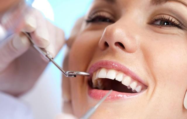 Istina o mrtvim zubima ponedeljak