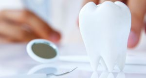 Ovih 12 stvari zubar zna o vama čim otvorite usta!